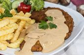 Cutlet With Chips And Sauce