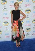 LOS ANGELES - AUG 10:  Chelsea Kane arrives to the Teen Choice Awards 2014  on August 10, 2014 in Los Angeles, CA.