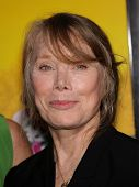 LOS ANGELES - AUG 09:  SISSY SPACEK arrives to the