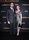 LOS ANGELES - DEC 15:  Garrett Hedlund & Kirsten Dunst arrives to the