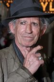 LOS ANGELES - MAY 7:  Keith Richards arriving at the