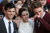 LOS ANGELES, CA. - JUNE 24: Robert Pattinson (R) Kristen Stewart (M) & Taylor Lautner (L) attend The
