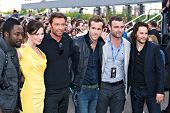 TEMPE, AZ - APRIL 27: Actors will.i.am, Lynn Collins, Hugh Jackman, Ryan Reynolds Liev Schreiber and