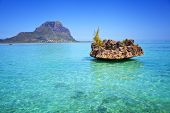 image of indian blue  - View from the Indian ocean to the Island of Mauritius - JPG