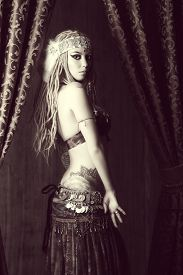 picture of belly-dance  - Black - JPG