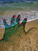 Hand_On_Beach