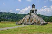 Pades Proclamation Monument