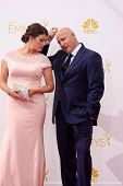 vLOS ANGELES - AUG 25:  Gail Simmons, Tom Colicchio at the 2014 Primetime Emmy Awards - Arrivals at
