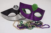 2 Mardi Gras mask and beads