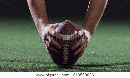 American football player starting football