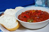 Texas Chili With Bread