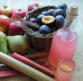 Autumn juice with fruits