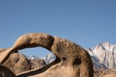 foto of alabama  - Alabama Hills are a range of hills and rock formations near the eastern of the Sierra Nevada Mountains - JPG