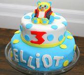 Birthday cake with fondant