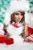 Portrait of beautiful sexy Girl Santa Claus Kleider
