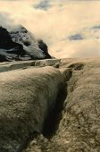 picture of crevasse  - This crevasse is shown in the Athabasca Glacier which forms part of the Columbia Icefields of Alberta - JPG