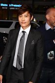 LOS ANGELES - MAR 28:  Byung-Hun Lee arrives at the