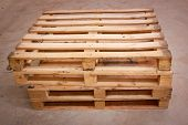 pic of wooden pallet  - wooden shipping pallet in standard dimensions wooden pallet - JPG