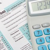 picture of cpa  - US 1040 Tax Form and calculator  - JPG