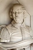 picture of william shakespeare  - A sculpture of famous playwright William Shakespeare situated outside Guildhall Art Gallery in London - JPG