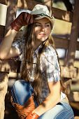 Beautiful cowgirl in stetson
