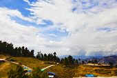 pic of himachal pradesh  - Tourists on a hill - JPG