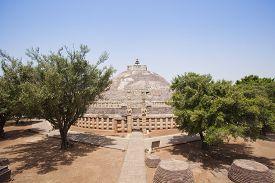 pic of ashoka  - Great Stupa built by Ashoka the Great at Sanchi - JPG