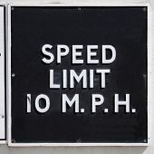 image of mph  - A traffic sign speed limit 10 mph - JPG