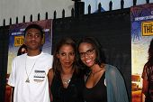 LOS ANGELES - MAY 30:  Holly Robinson Peete, her children at the
