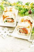 Rolls With Salmon, Spinach And Cream Cheese