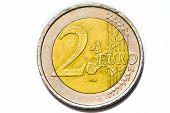 Moneda de dos euros aislado en blanco