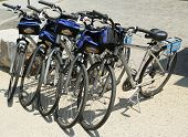 Bike and Roll bicycles ready for tourists in New York