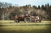 Tractor 001-130426