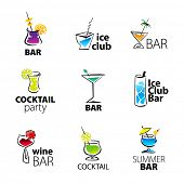 Set of the cocktail bar icons on a white background. Vector illustration.