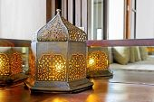 Corner Unit Incondescent Bul Lantern Lamp