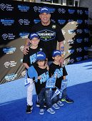 LOS ANGELES - JUN 17:  Tito Ortiz, Journey, Jesse and Jacob arrives to the '