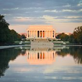 image of abraham lincoln memorial  - Abraham Lincoln Memorial  - JPG