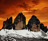 Tre Cime di Lavaredo in den Sonnenuntergang, Dolomiten, Italien