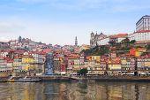 viejo Oporto en Ribera de Duero, Portugal