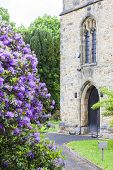 picture of hever  - church in Hever - JPG