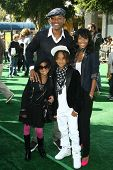 Will Smith and Jada Pinkett Smith with their children Willow and Jaden  at the Los Angeles Premiere
