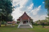 image of priest  - A house for Buddhist priests in a monastery - JPG