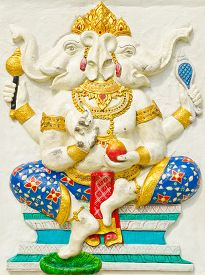 picture of avatar  - God of success 28 of 32 posture - JPG
