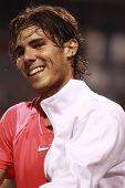 TORONTO-12 de agosto: Rafael Nadal joga contra Kevin Anderson na Rogers Cup 2010 no dia 12 de agosto,