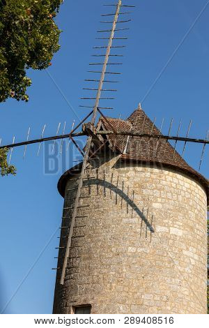 Moulin De Domme Old Windmill