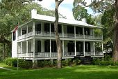 Historic Colonial Home In Hilton Head, South Carolina