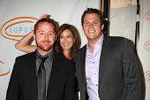 LOS ANGELES - MAY 12:  Scott Grimes, Teri Hatcher, Bob Guiney arriving at the 11th Annual Lupus LA O