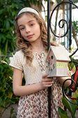foto of nesting box  - beautifull girl with nesting box - JPG